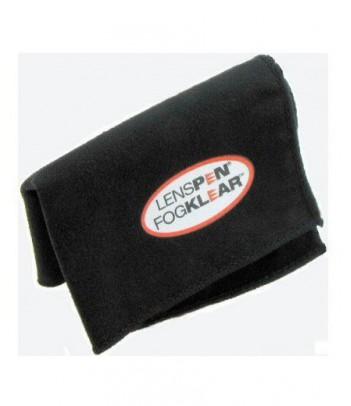 Ścierczka Lenspen FogKlear dedykowana do czyszczenia optyki aparatów cyfrowych i lornetek